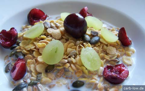 low-carb muesli
